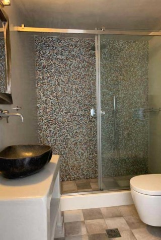 double room nefeli homes shower