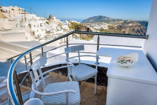 santorini-budget-double-room-05