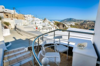 santorini-budget-double-room-06