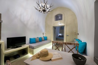 santorini-cave-apartment-caldera-view-02