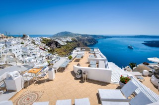 santorini-suites-nefeli-homes-01