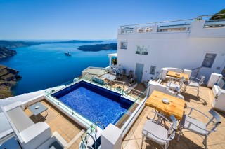 santorini-suites-nefeli-homes-04