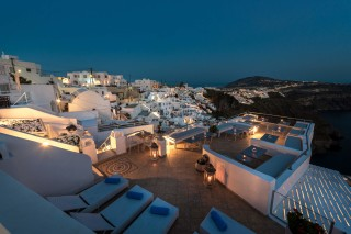 santorini-suites-nefeli-homes-08