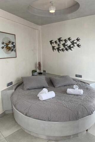 double-room-nefeli-homes-room