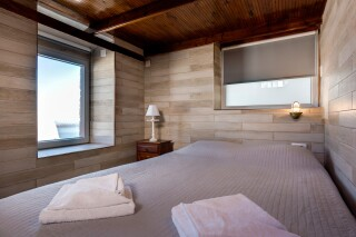 santorini-budget-double-room-03