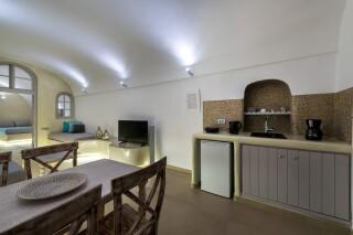 santorini-cave-apartment-01
