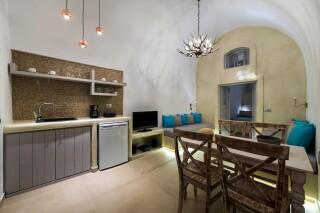 santorini-cave-apartment-caldera-view-01
