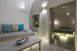 santorini-cave-apartment-hot-tub-03